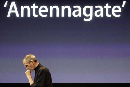 Steve Jobs on Antennagate