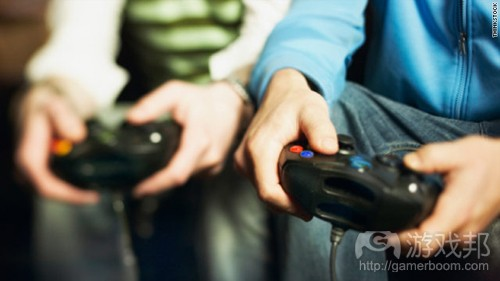 video-gamers(from topnews.ae)