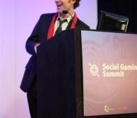 社交游戏峰会:中小开发者如何在与游戏巨头对抗中生存